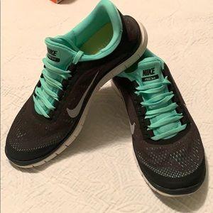 Women's Nike Free 3.0, Size 9.5